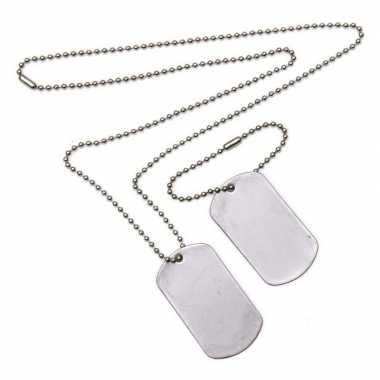 2x dogtags aan ketting soldaten verkleed accessoire