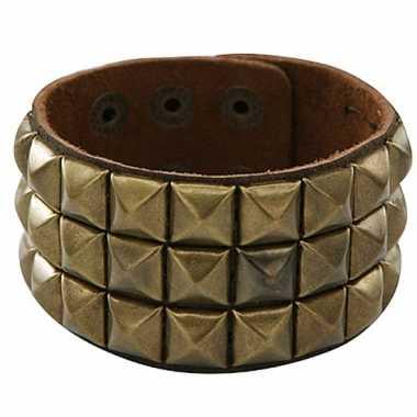 Armband met gouden klinknagels