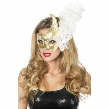 Carnaval oogmasker wit/goud met grote bloem en veer