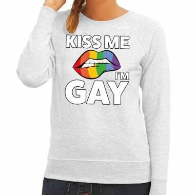 Kiss me i am gay sweater grijs dames