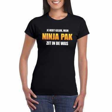 Ninja pak zit in de was dames carnaval t shirt zwart