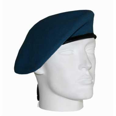 Soldaten baretten lichtblauw