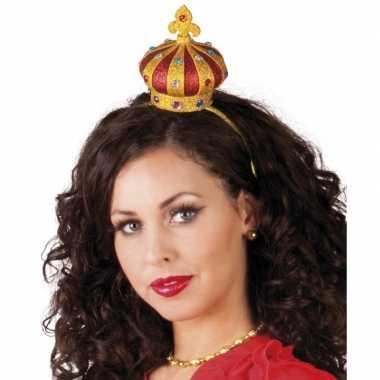 Tiara met een kroon