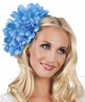 Haarbloem blauwe dahlia met clip