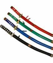 Zwarte ninja zwaarden